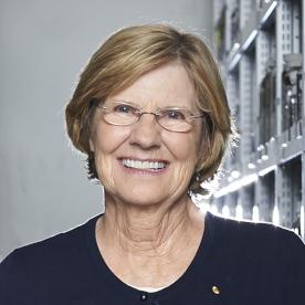Lyn Beazley author headshot